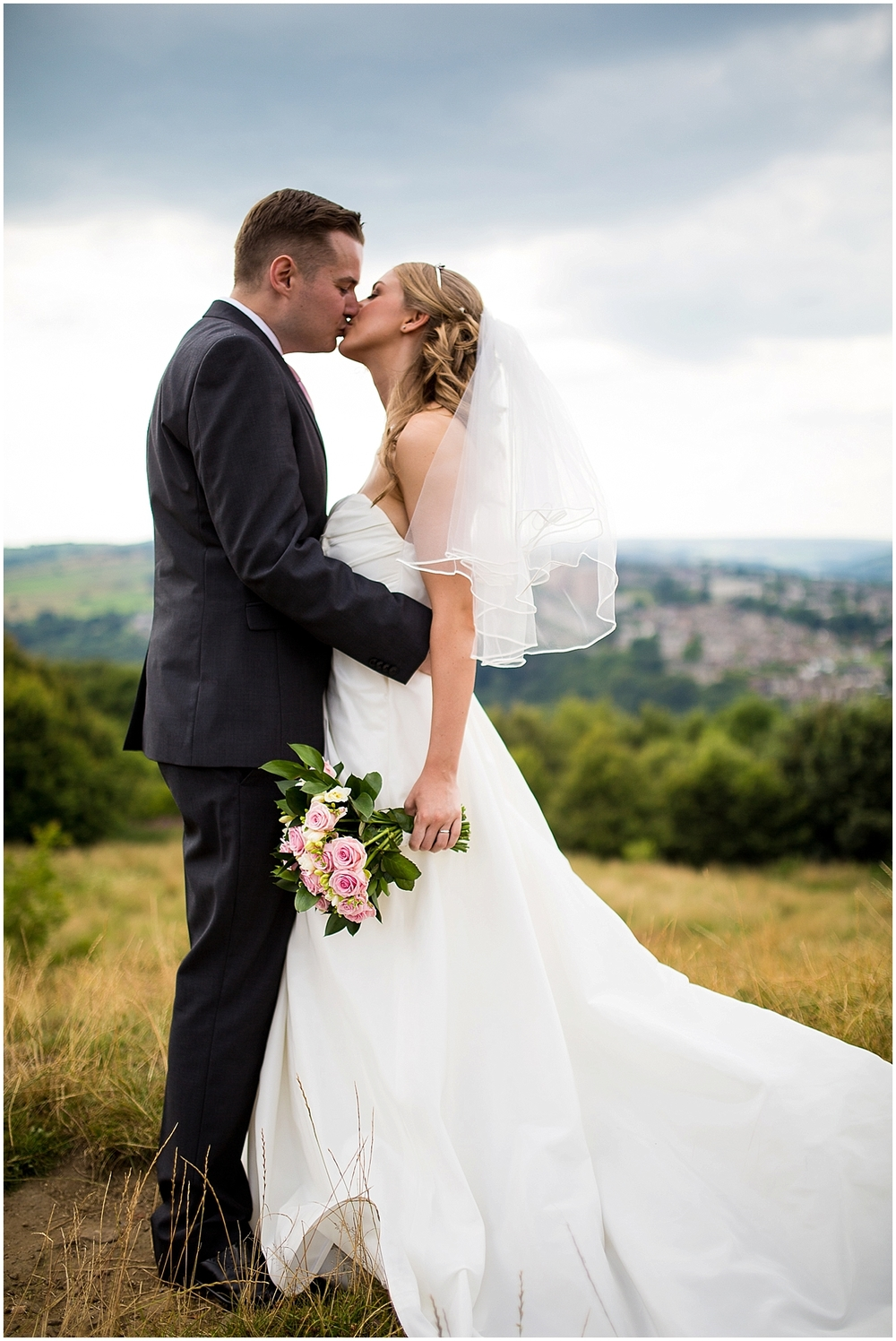 Gorgeous bride and groom at bole hill - Sheffield Wedding Photography