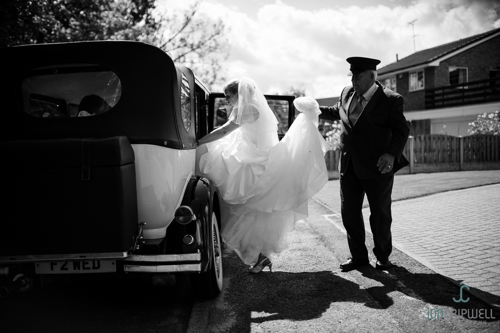 ringwood-hall-wedding-photographers-derby-Kim&Ryan-0814-242