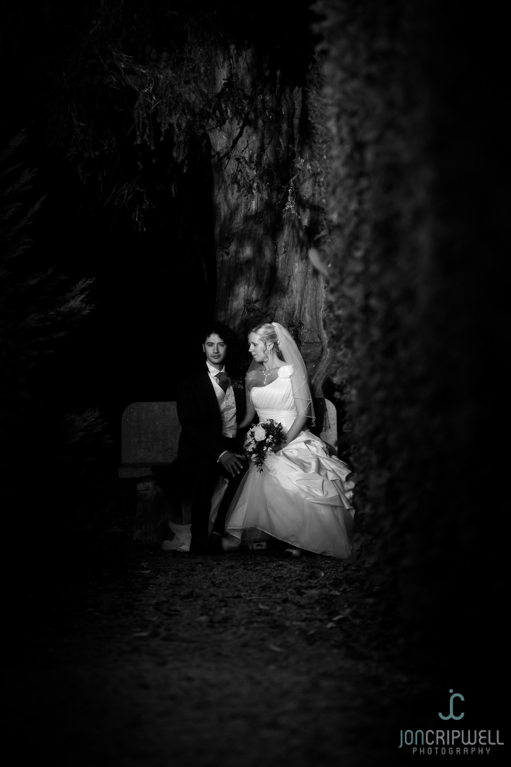 ringwood-hall-wedding-photographers-derby-Kim&Ryan-0814-806