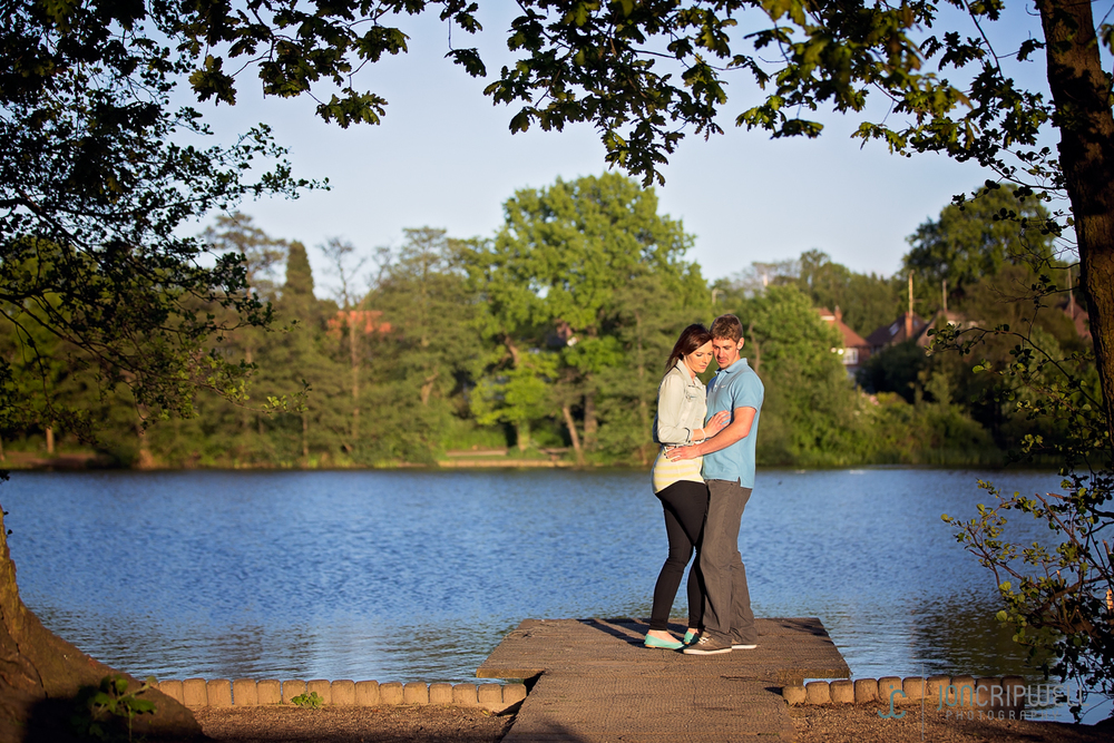 Pre-wedding shoot by the lake in Derby