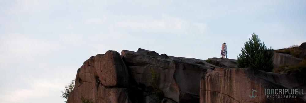 Derbyshire-engagement-shoot-black-rocks_0027.jpg