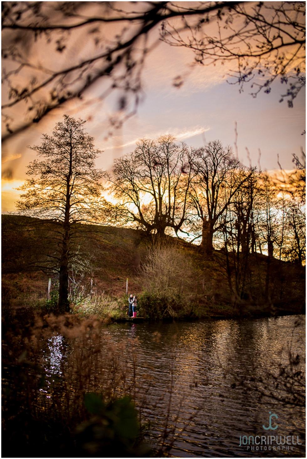 engagement-calke-abbey-derby-jon-cripwell-photography_0010.jpg