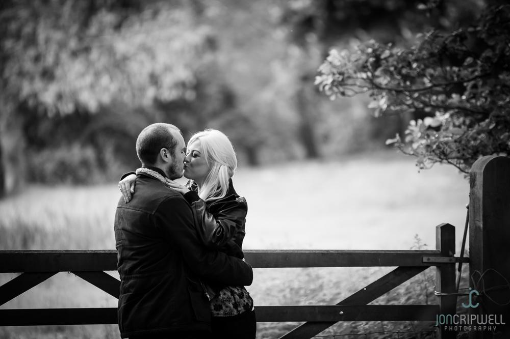walton-hall-pre-wedding-shoot-Tracey-Adam-PWS-0514-009.jpg
