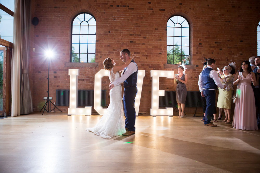 _Brooks_Wedding_585slideshow.jpg