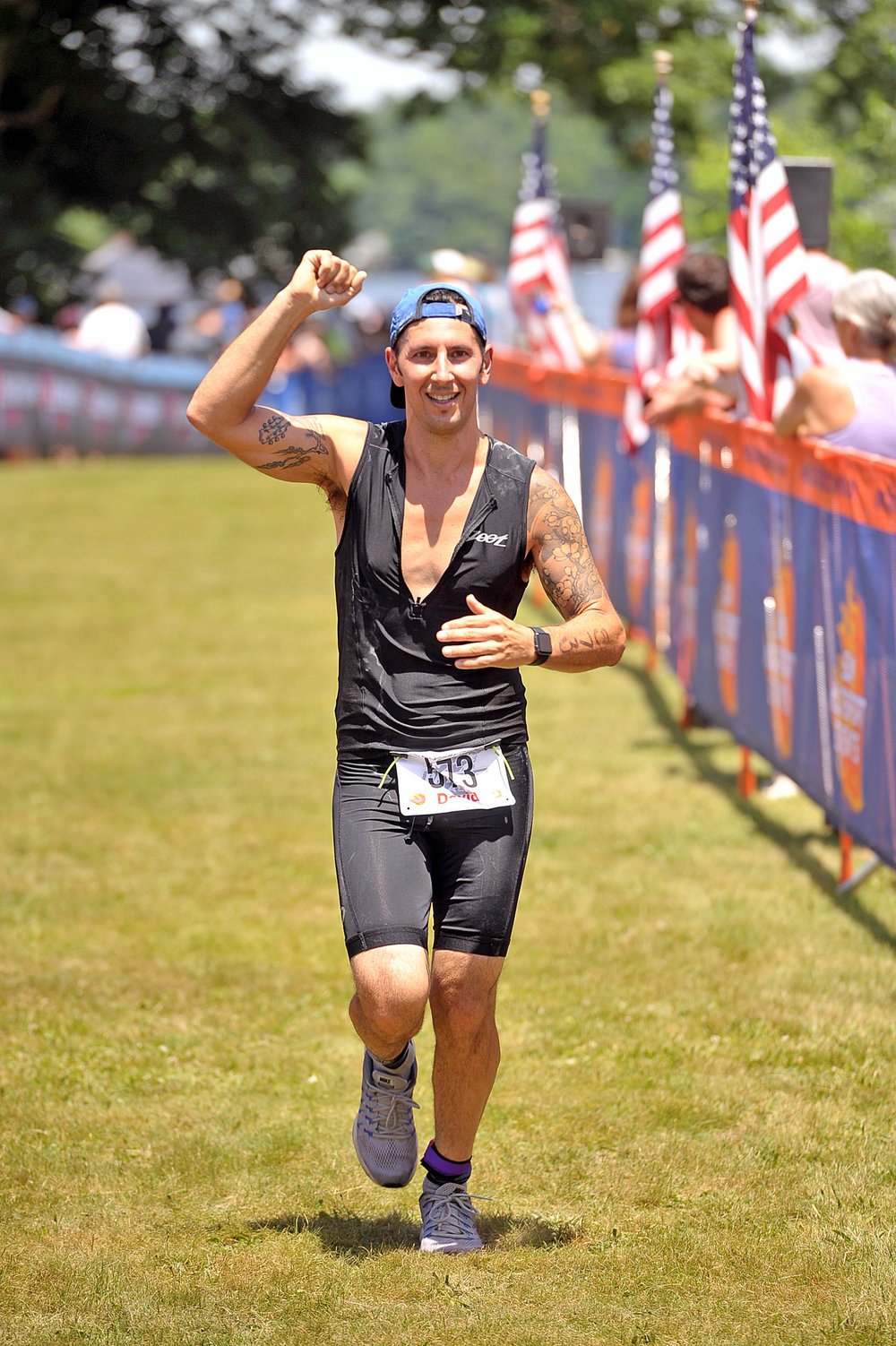 IM703 Finish 1.jpg