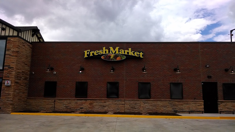 Fresh Market Wall Signbrochure8.jpg