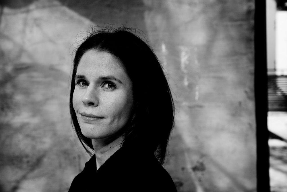 Et skudd fra levepistolen - Hege Susanne Bergans tredje diktsamling inneholder et bunnløst håp om at alt skal gå bra.