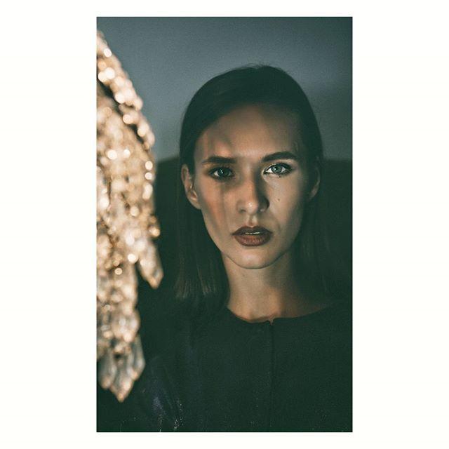 #fashion #advertisingphotography #bnw#fashionshoot #model #photoshooting#fw1718#greekdesigner#womenswear #fashionphotography #womensfashion FOR:@ananke.clothing PHOTOGRAPHER :@val_schiza MUA:@mitsiali MODEL:@marianastoicev (@new.model.agency)  FW1718