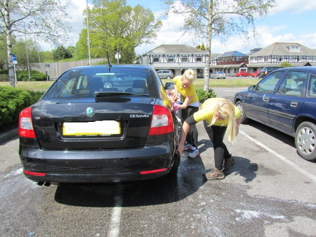 30-for-jt-and-car-wash-004-no-number-plate.jpg