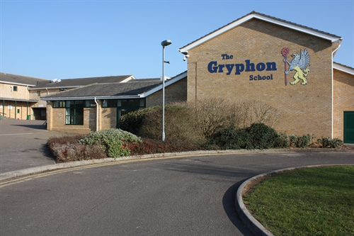 the_gryphon_school