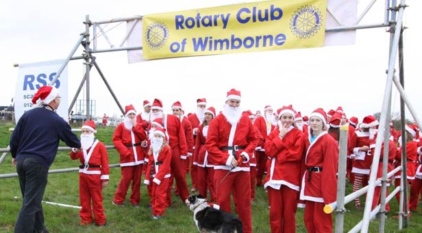 Getting Ready for the Santa Fun Run at Badbury Rings