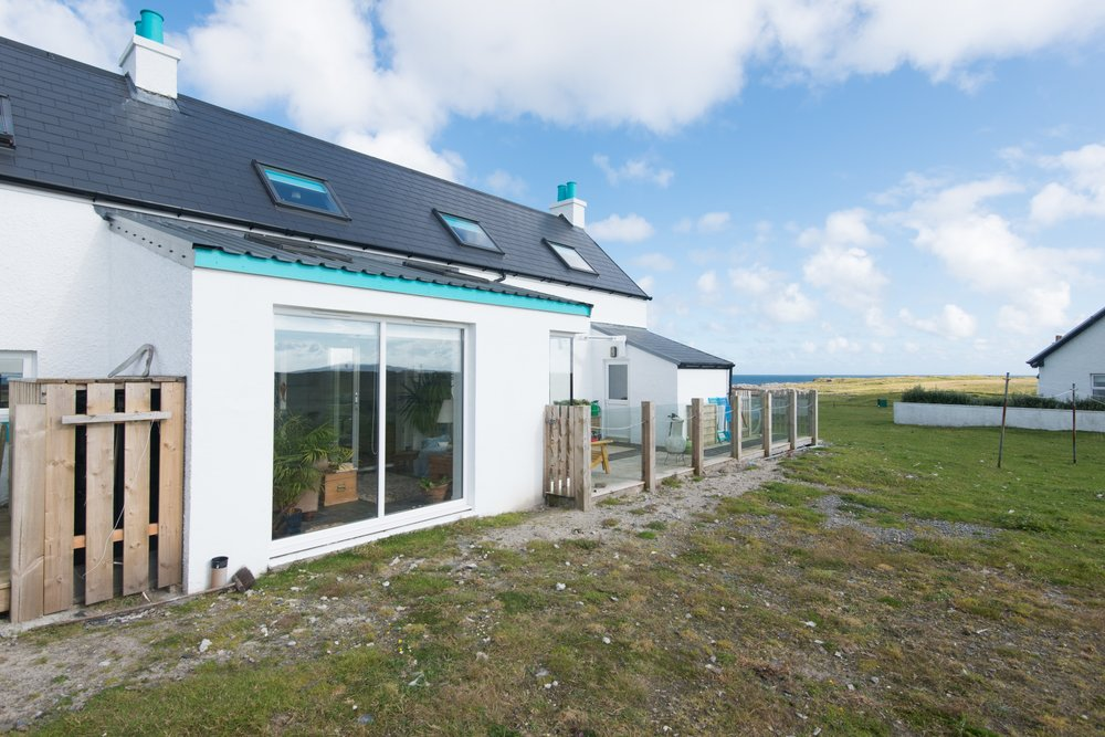 Carageen - Sunroom Extension & Deck, Scarinish, Isle of Tiree