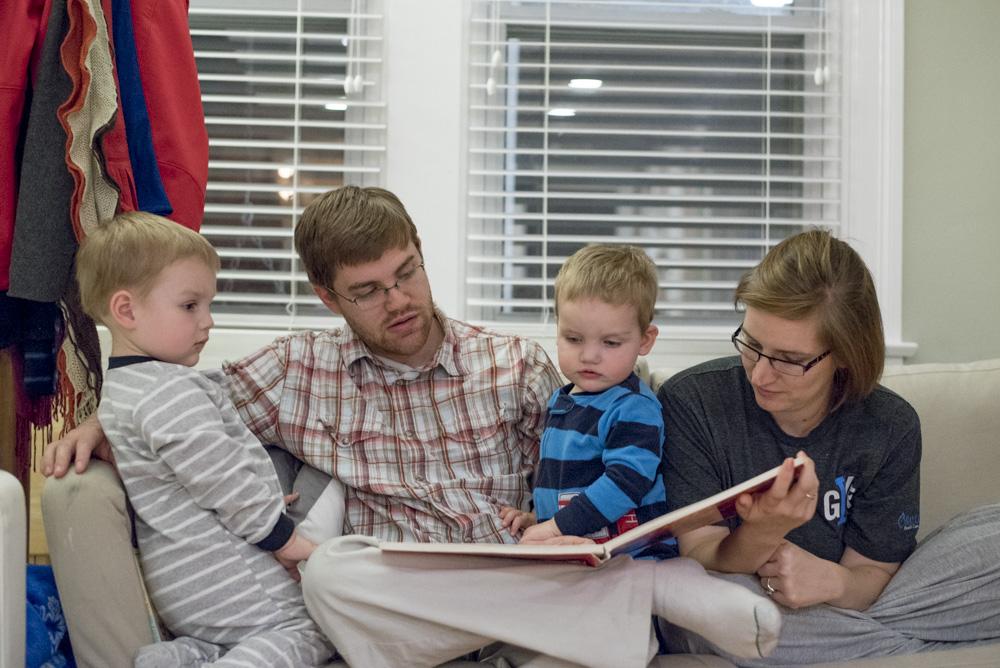 Family reading story