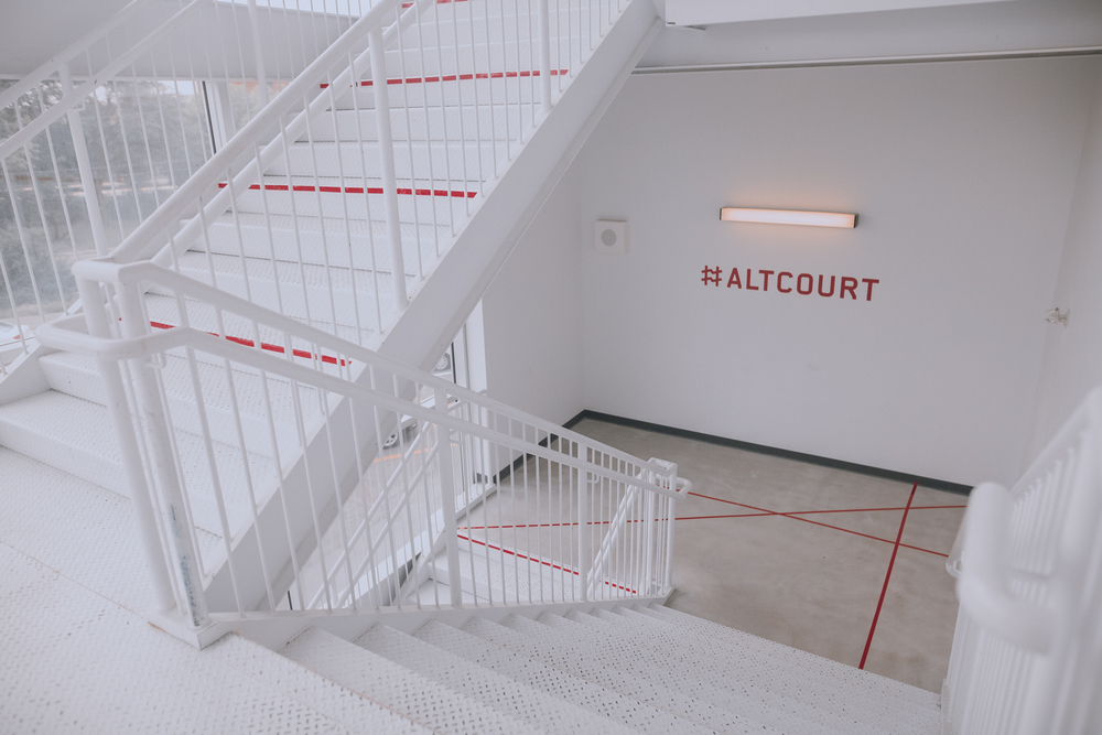 Entering the #Altcourt party (© Karel Chladek)