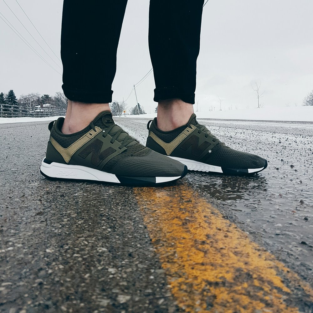 New Balance 247 in Olive