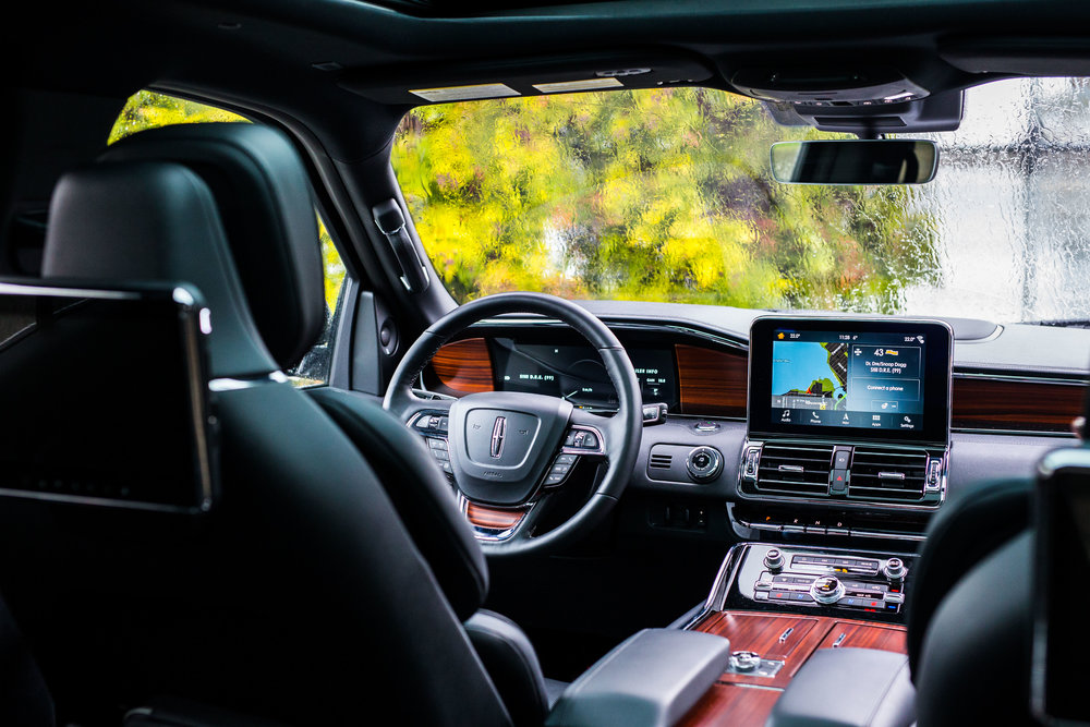 The beautiful interior of the 2018 Lincoln Navigator