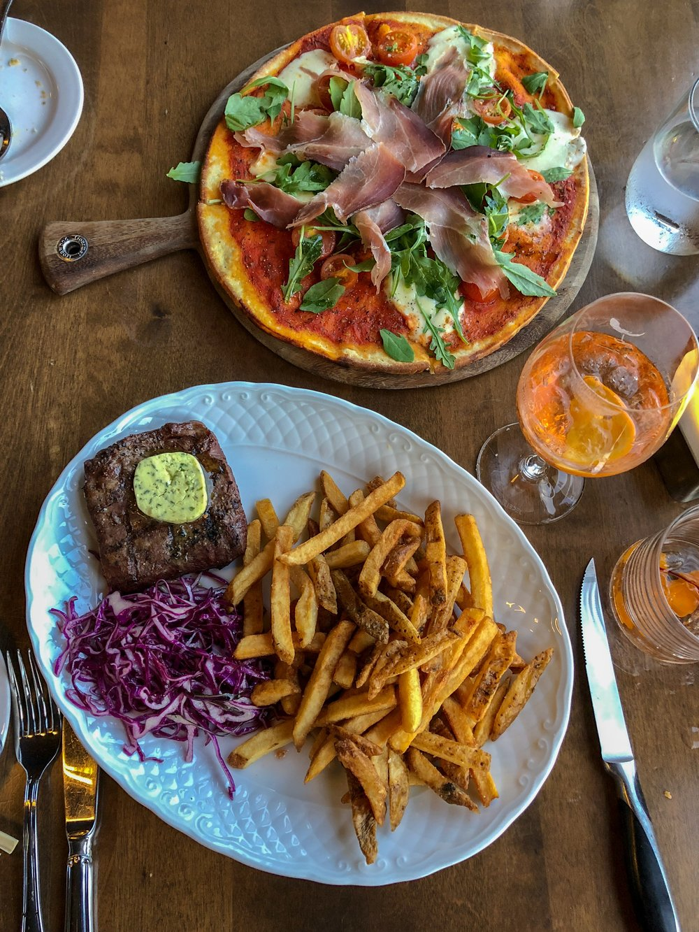 Pizza and Steak Frites at 260