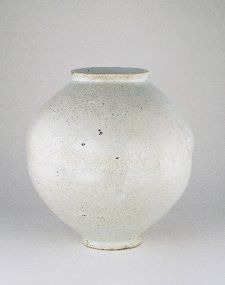 Korean moon jar owne  http://ift.tt/2su4dSP