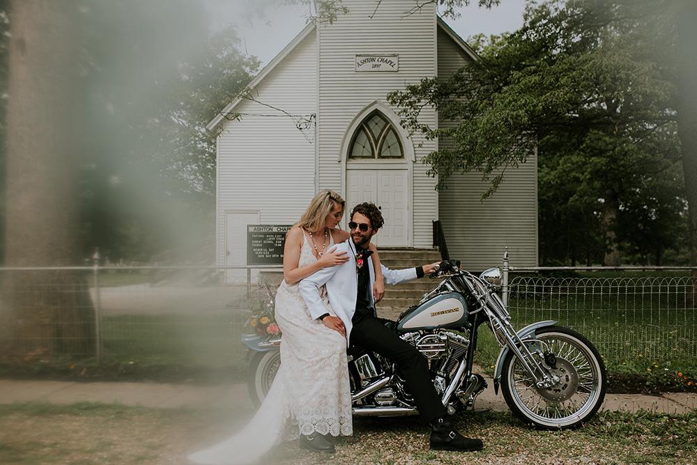 road-trip-romance-wedding-raelyn-ramey-photography-1.jpg