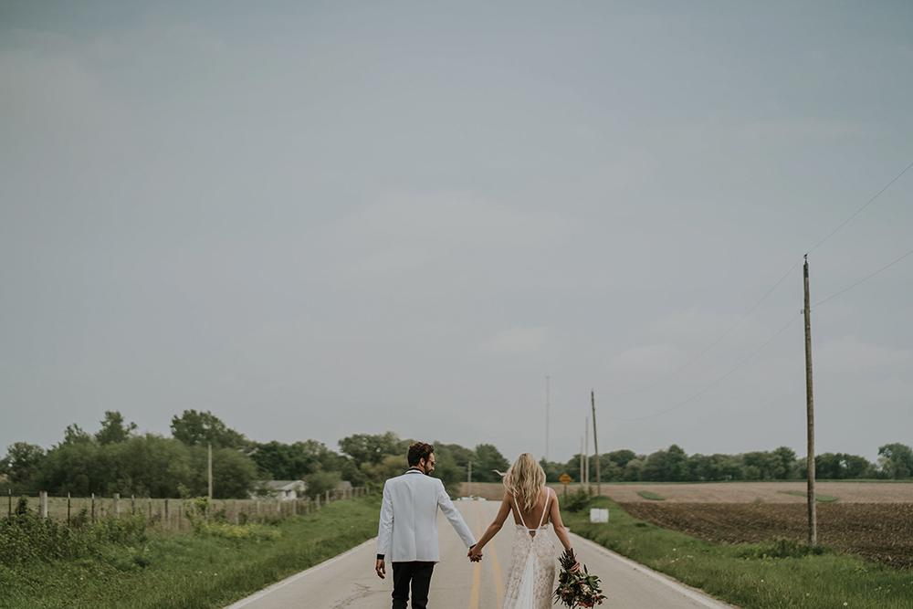 road-trip-romance-wedding-raelyn-ramey-photography-43.jpg