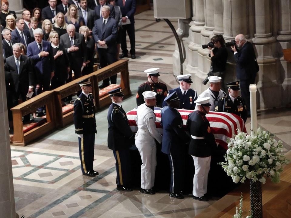 glasser-mccain-funeral-rebukes-trump.jpg