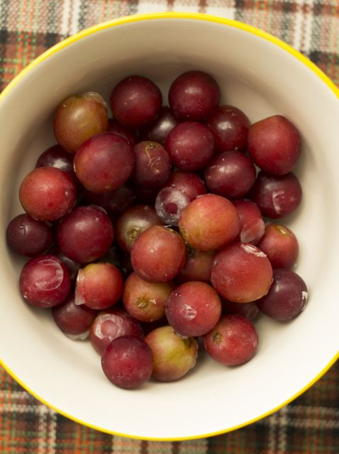 frozengrapes.jpg