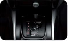 Cambio automatico con modalità Sport   Per godere di un elevato comfort di guida senza sacrificare la sportività si può scegliere il cambio automatico a 5 rapporti. La modalità sportiva ti permette di cambiare e scalare con un semplice movimento della leva del cambio.