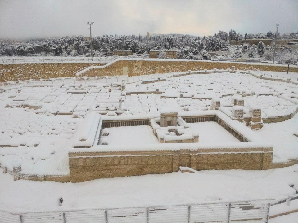 jerusalem_model_in_snow.jpg