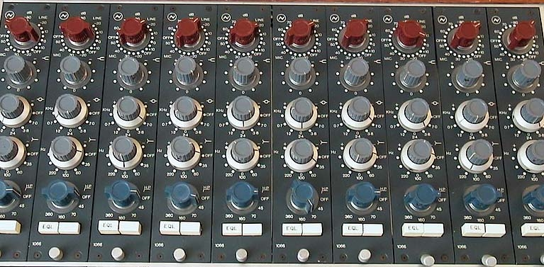 CONCENTRIC DUAL KNOBS FOR VINTAGE NEVE CONSOLES /& OUTBOARD GEAR