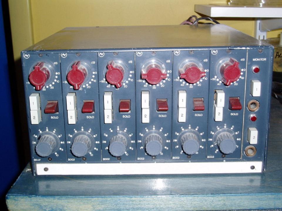 Neve B002 Six Pack