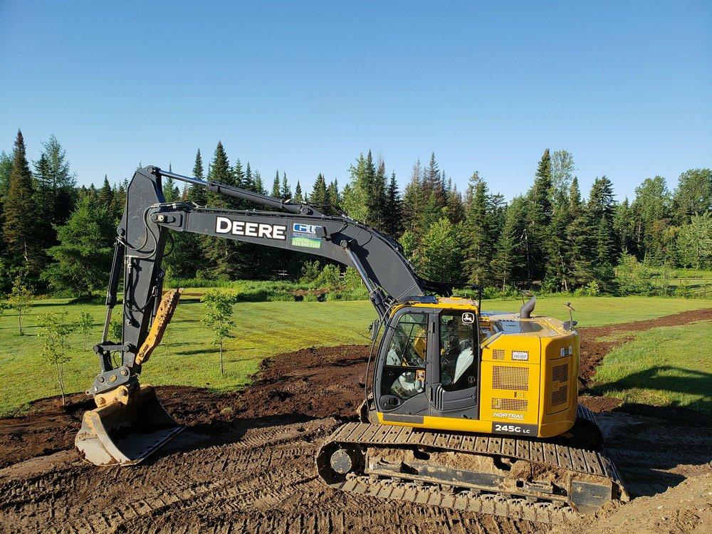 Excavatrice John Deere 245 LG