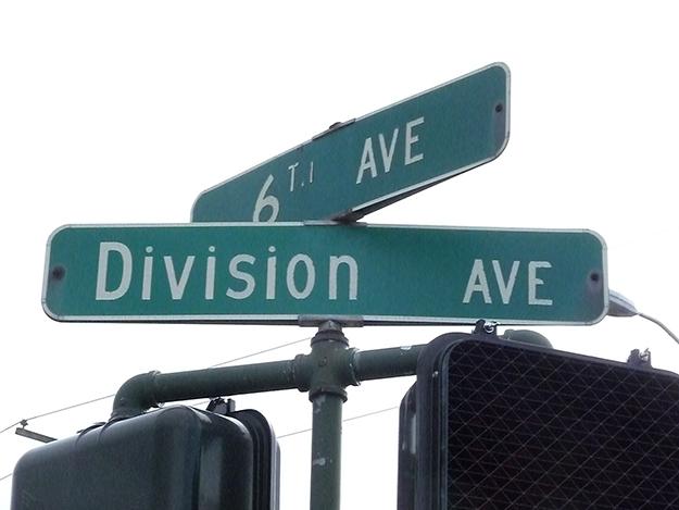 20995-banner-division-avenue-tacoma-history-at-sixth-avenue.jpg