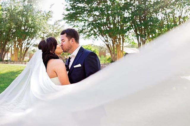 Love all veils! And long ones are my fav! Are you wearing a veil? I went sans veil! But I have #noregrets! #loverox⠀ .⠀ .⠀ .⠀ .⠀ .⠀ #weddinginspiration #weddingideas #wedding  #engagement #engagementsession #weddingphotographer #weddingphotography #austinweddingphotography #austinphotographer #sanantoniophotographer #austinweddings #weddingwire #austinweddings #bridal #bridals #bridesofaustin #bebold #ohwowyes #brideandgroom #keepaustinwed #do512 #centraltexasweddings #centraltexasweddingphotography⠀