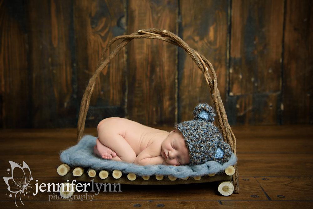 Newborn on Twip Bed Prop