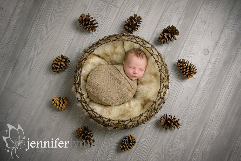 Newborn Boy Circle Basket Pinecones