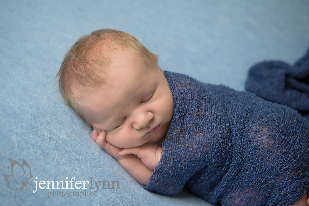 Newborn Boy Blue Hands on One side