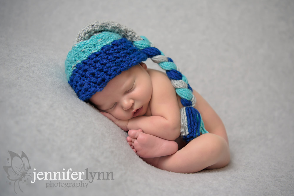 Newborn Boy Grey Blanket Knit Long Tailed Hat