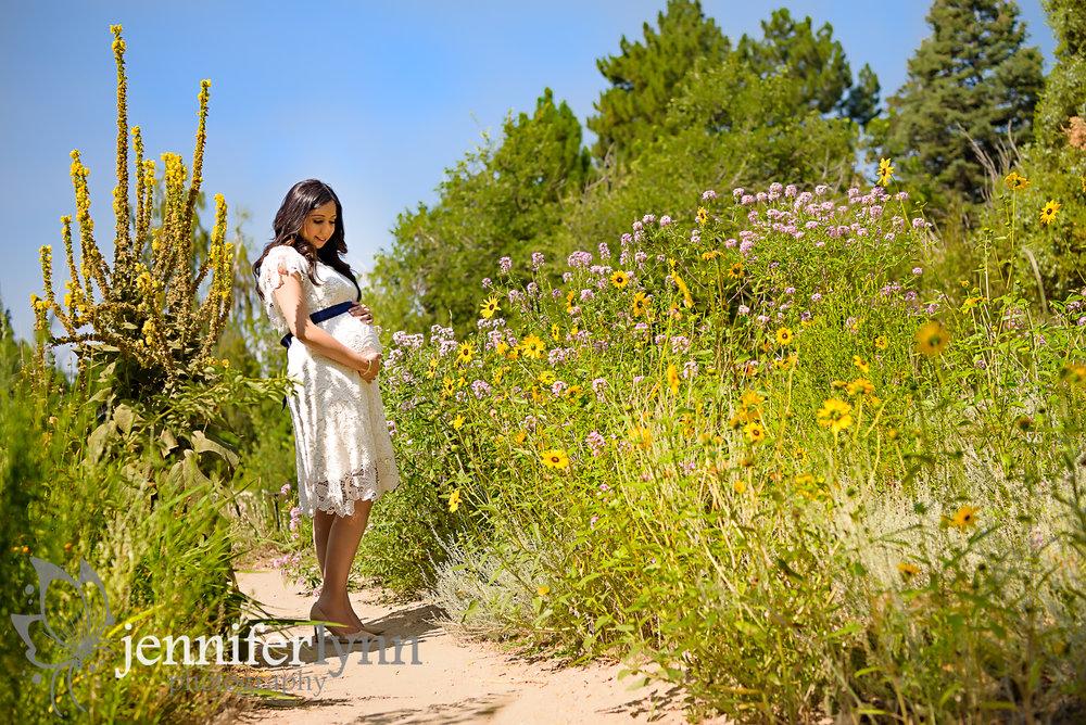 Maternity Natural Colorado Garden