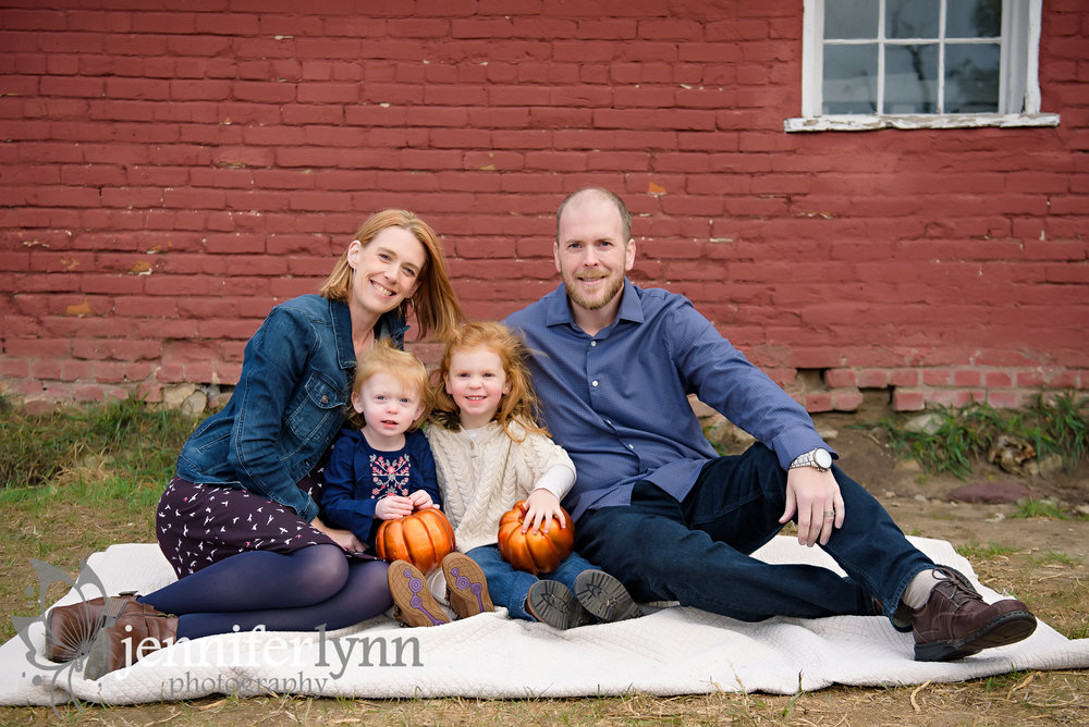 Fall Family Photo Red Barn