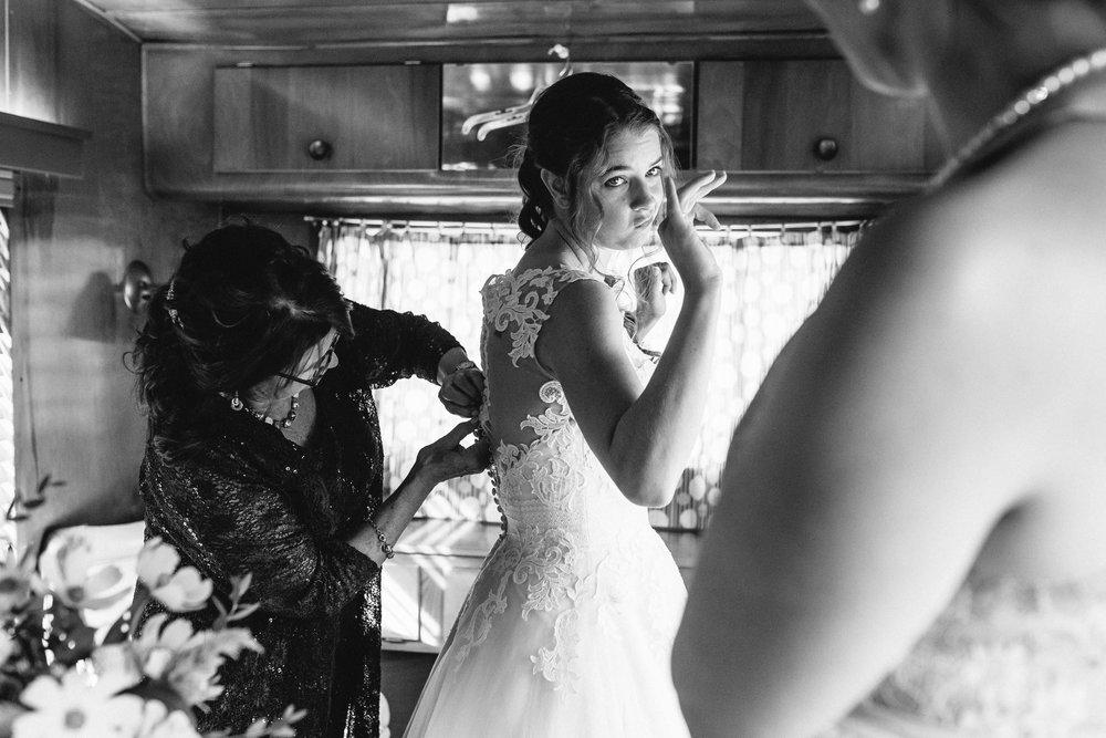 Angeli_Joe__Asheville_Wedding-32.jpg