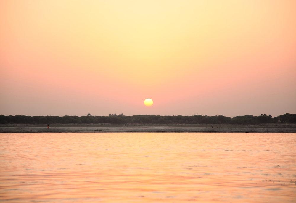 IMG_1124-varanasi-india-the-travelling-light.jpg