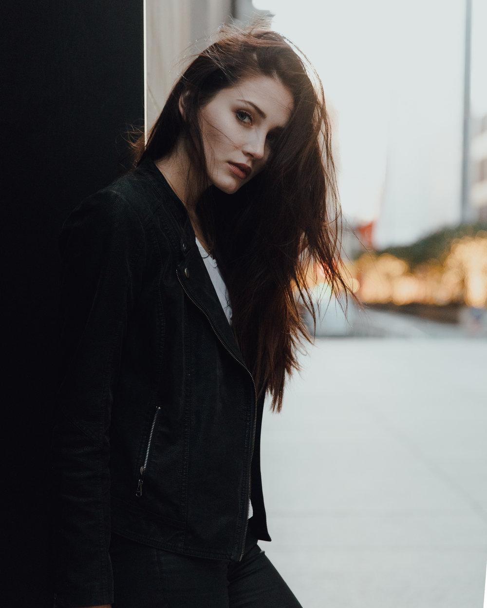MikeSeehagel-Carly-NewYork-5D4_0215.jpg