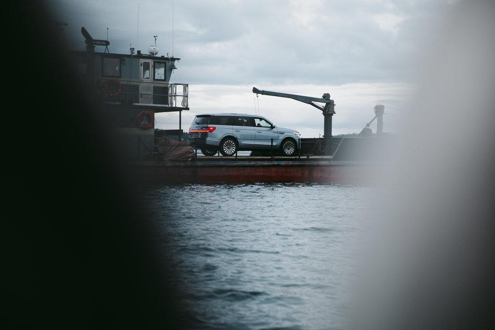 MikeSeehagel-LincolnMotorCompany-2018Navigator-MatthewMcConaughey_12.jpg