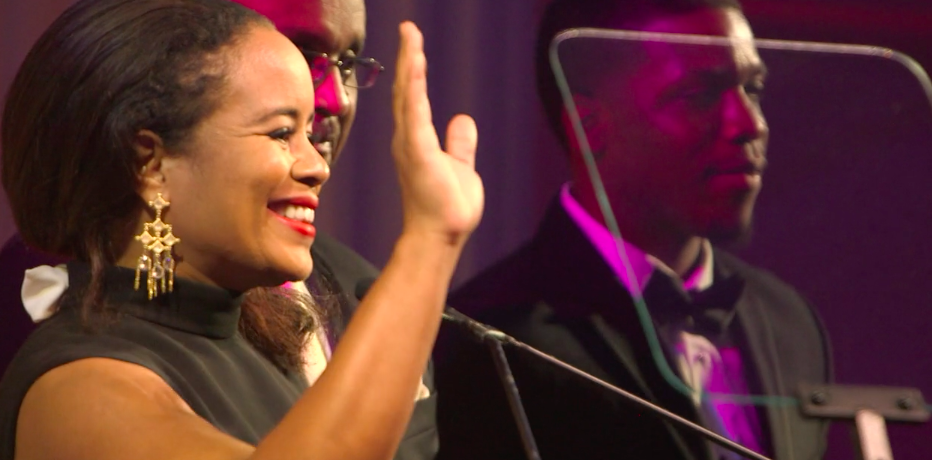 National CARES Gala 2016  - video) South Florida CARES Founding Board Chair, Tracey Robertson Carter