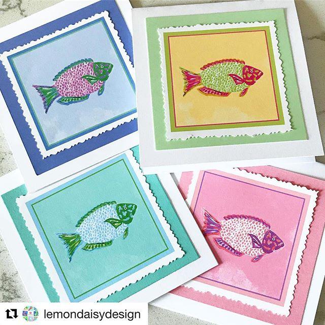 New #parrotfish notecards from @lemondaisydesign 🐠! #notecards #tropicalfish #writemore #fish #beachart #beachnotecards #clpicks #coastalliving #beachartist #instaartist #etsygifts #paperarts #papergoods #gifts #hostessgift