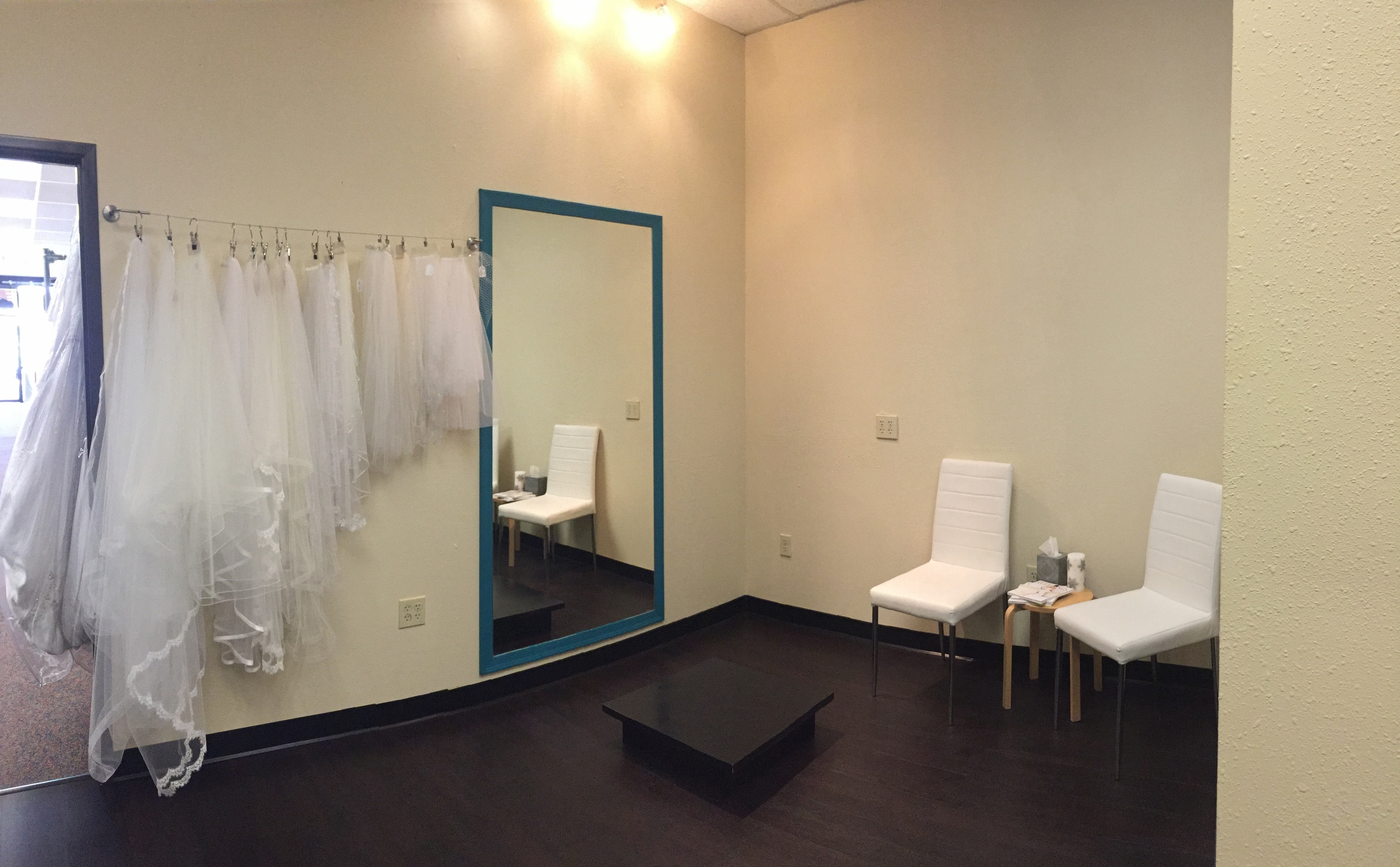 Phoenix bridal store private dressing room