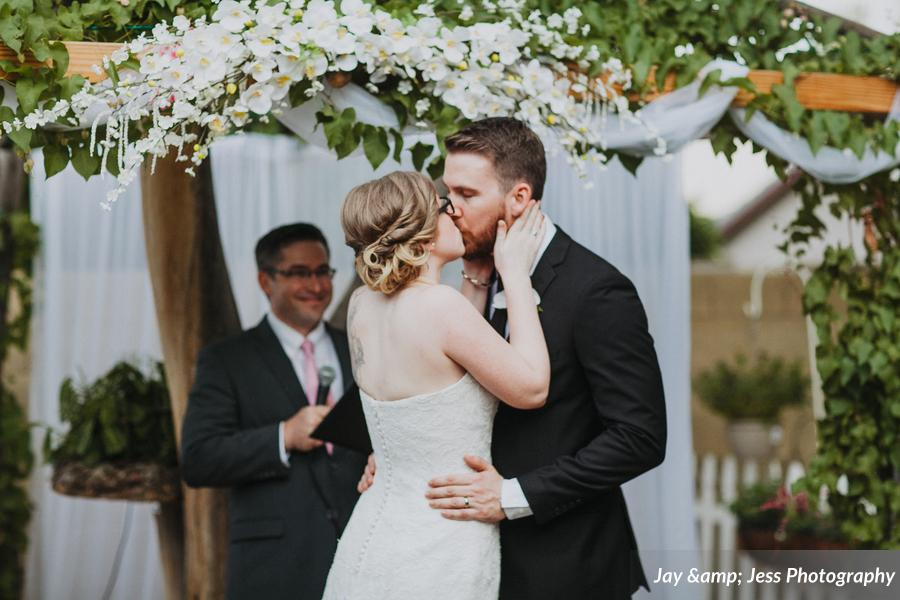 Bratcher_McCoy_Jay_amp_Jess_Photography_TRAVISLAURENCeremony1093_low.jpg