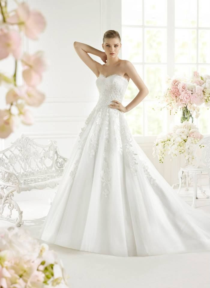 7312c08e572 Avenue Diagonal BY PRONOVIAS Gelyd Size 12 White Retail Price  1103
