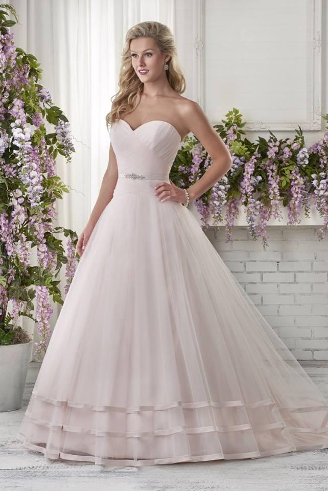 Bonny Bridal 610.jpg