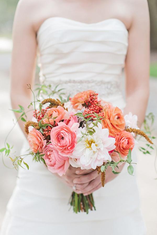 VIA  Royal Lace Bridal